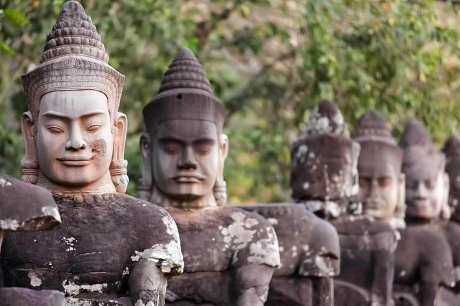 Local English Speaking Guide Angkor Wat full day
