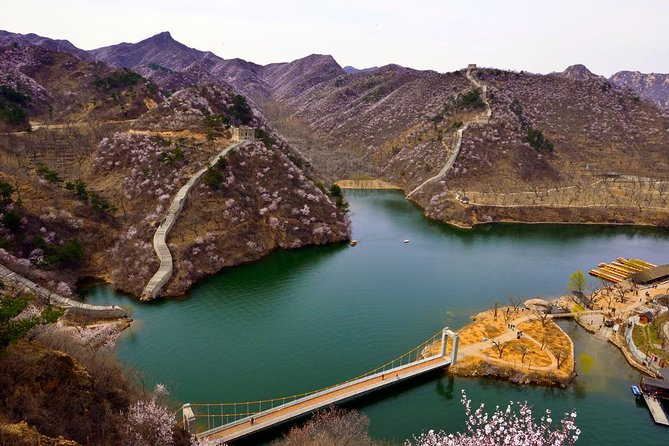 Mutianyu and Huanghuacheng Great Wall Private Tour with English Speaking Driver