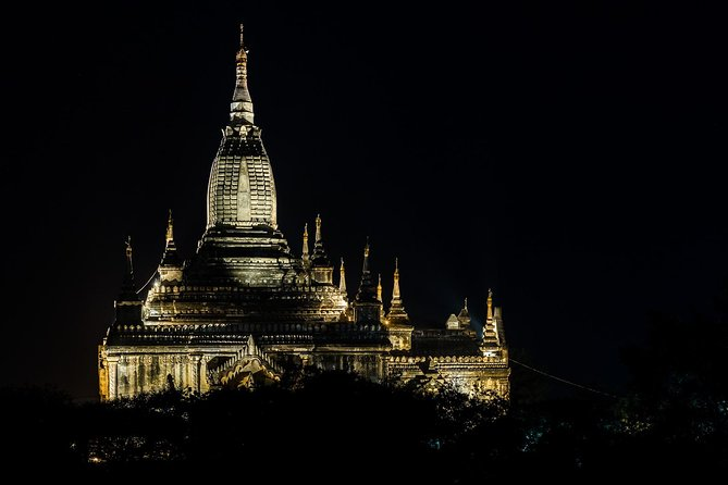 Bagan temples & food by night