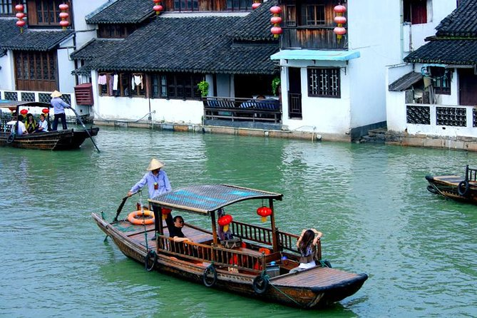 1-Day Private Fengjing Water Town with Farm Experience from Shanghai