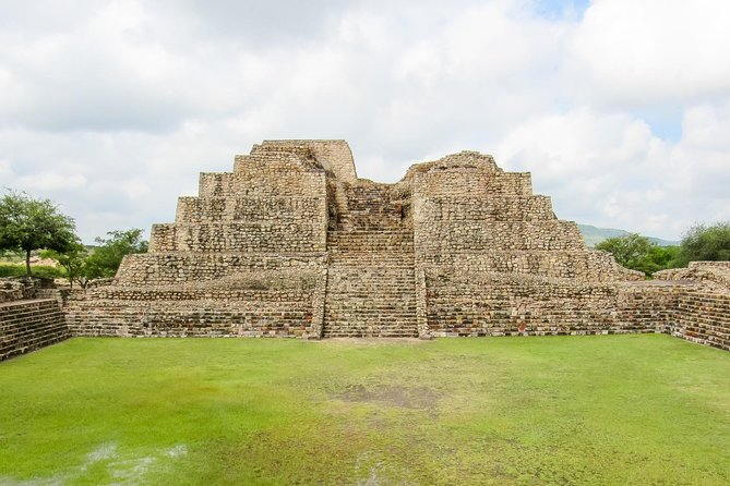 Private Cañada de la Virgen Archaeological Experience