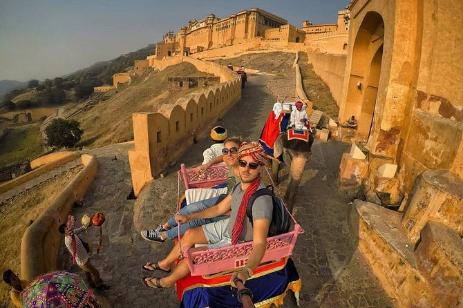 Private Full-Day Jaipur Trip By Car from Delhi