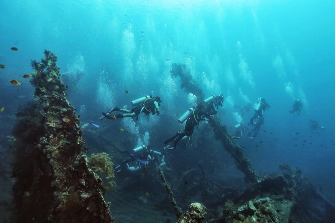 Shipwreck Tulamben Diving Tours