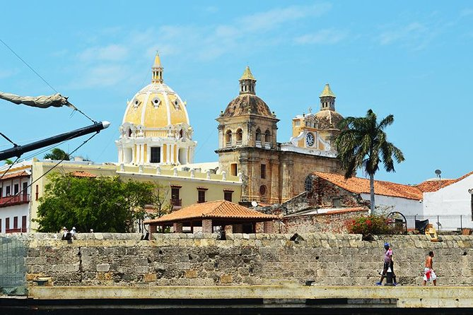 Private Cartagena Heroic Sightseeing