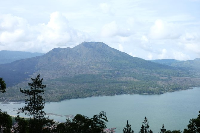 Full-Day Mount Batur Hiking and Boating Tour with Breakfast from Kintamani