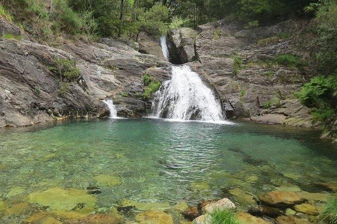 Excursão de dia inteiro pela Serra D'Arga de cachoeiras, moinhos de água e broa de milho