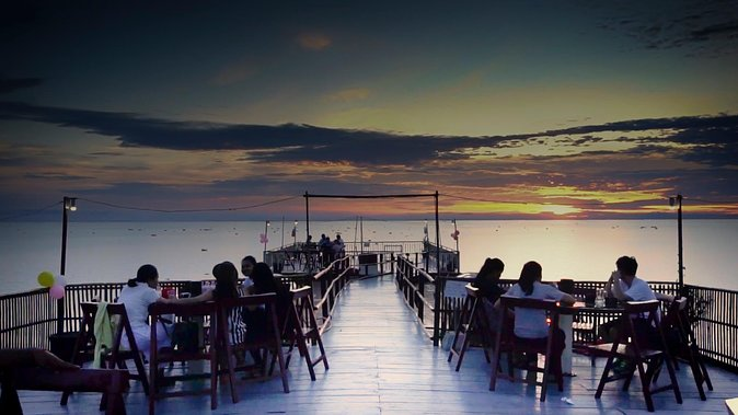 Sunset Dinner on Tonle Sap Lake with a Floating Village Tour photo 1