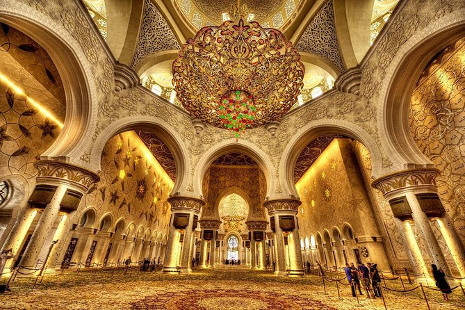 Private Trip to Sheikh Zayed Mosque and Louvre Museum