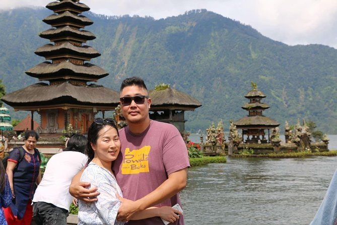 Country Side Bedugul and Tanah Lot Temple tour Including Lunch at Rice Terrace