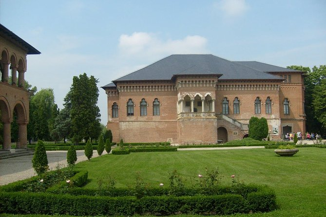 Snagov Monastery and Mogosoaia Palace Private Day Tour from Bucharest