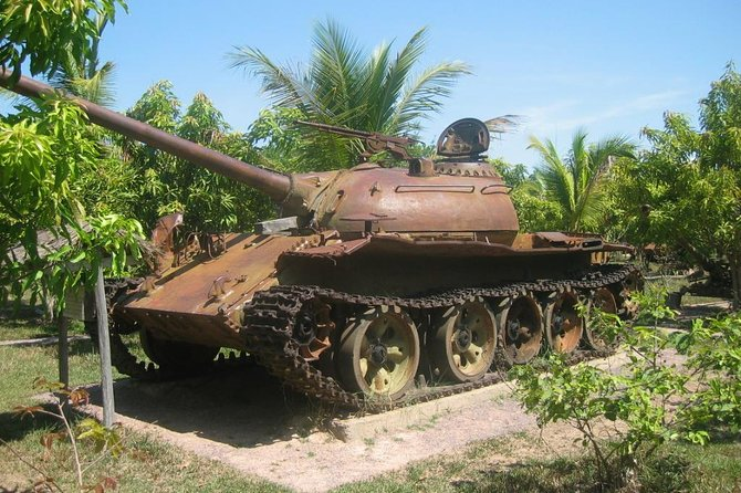 War Museum, Killing Field and Floating village ( Chong Kneas) Tour