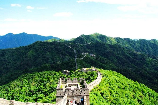 Full Day Private Tour Of Beijing Including The Great Wall And Acrobatics Show