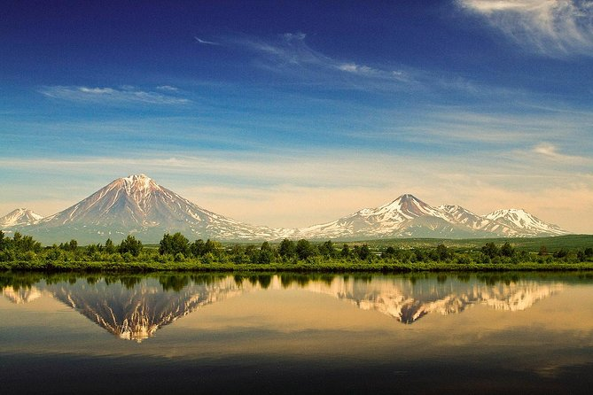 Private Tour: Kamchatka Sightseeing Tour by Car
