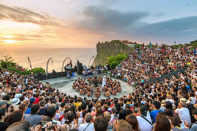 Uluwatu Temple Half Day Tour with Kecak Dance and Seafood Dinner