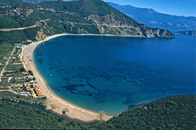 Kotor walking tour and Jaz beach - private tour