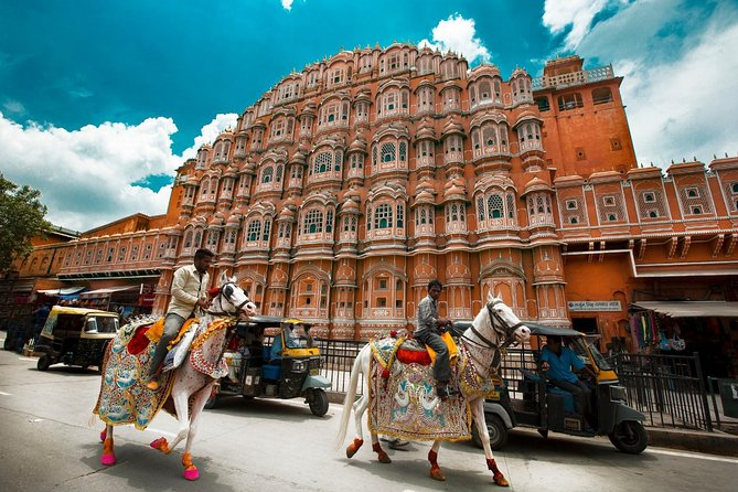 Private Tour: Same Day Jaipur (Pink City) Tour from Delhi