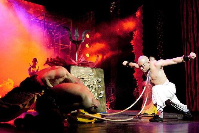 Beijing Kung Fu Show Night Tour with Private Transfer and Optional Seats