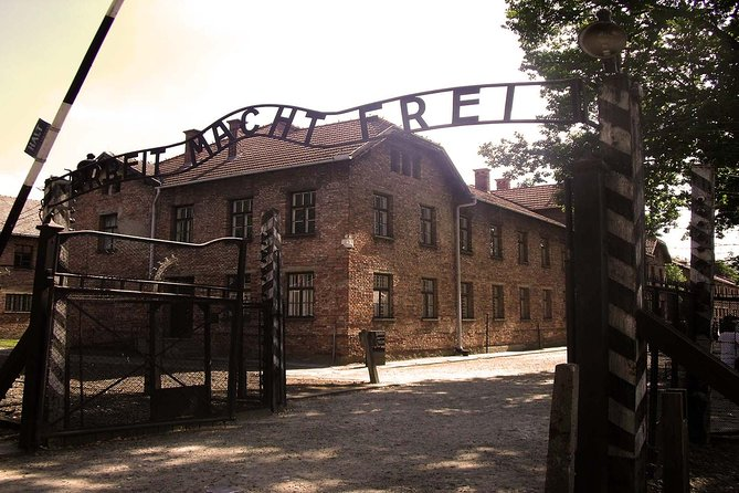 Auschwitz and Birkenau Guided Tour from Krakow with Tickets