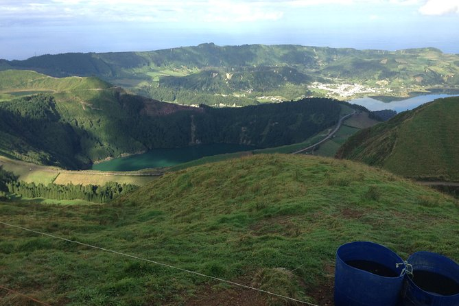 Half-Day Sete Cidades Tour 4x4 photo 6