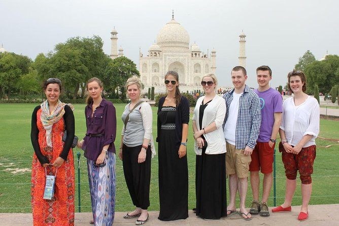 Private Tour: Full-Day Taj Mahal and Agra Tour by Tuk-Tuk