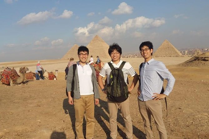 Full-Day Tour Giza Pyramids ,Sphinx and Egyptian Museum
