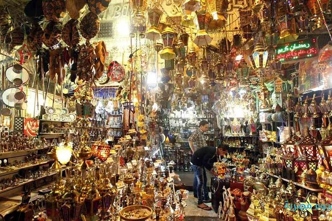 6-hours private tour Giza pyramids and shopping tour