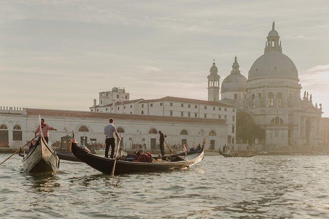 Venice Gondola and Spritz Aperitif Tour