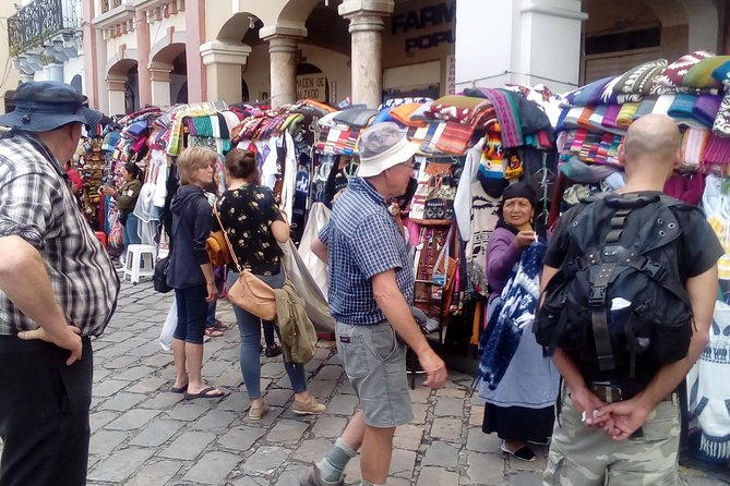 Walking Cuenca City Tour with Pumapungo Complex Half Day