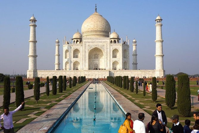 Highlights of the Agra (Guided Full Day Sightseeing City Tour)