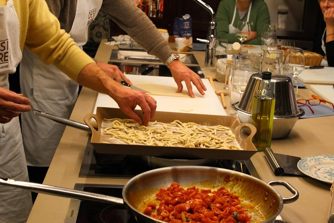 Homemade Pasta Cooking Class in Lucca with a Chef photo 9