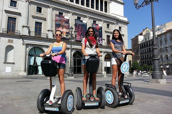 Fun segway tour around Madrid 1h