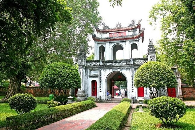 Hanoi City Tour Halfday with cyclo and electric car riding