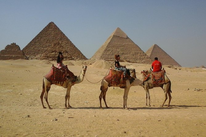 Sightseeing Day Tour to Pyramids, Egyptian Museum and Bazaar from Giza or Cairo photo 24