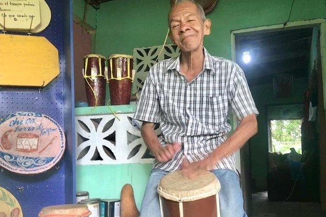 Waterfall + Hike + make your own Panamanian folk drum
