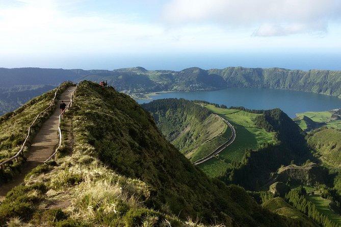 Ponta Delgada - Sete Cidades & Lagoa do Fogo discovery