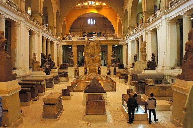 Full Day Tour To Egyptian Museum And Giza Pyramids
