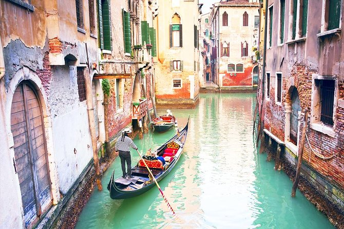 Full day best of Venice private guided tour with Doges Palace and Murano Island