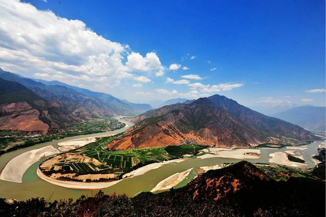 Private Day Trip to Yangtze River First Bend, Shigu Ancient Town, Tiger Leaping Gorge from Lijiang photo 3