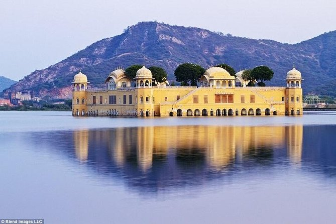 Private Full Day Sightseeing of Jaipur wit guide