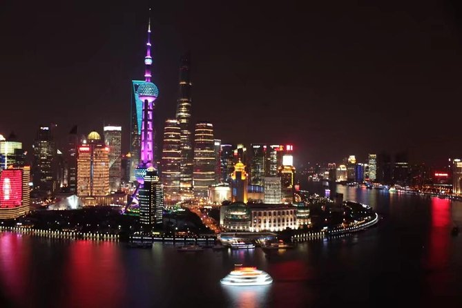 Shanghai by Night with Fine Local Dinner and VIP River Cruise Experiences