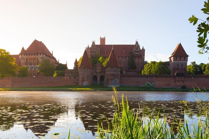 One day, private city tour to Gdansk and Malbork from Warsaw by express train