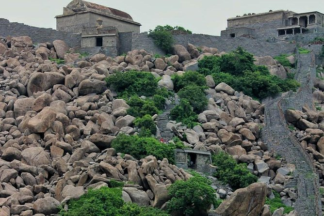 Trip to Visit Gingee Fort from Chennai