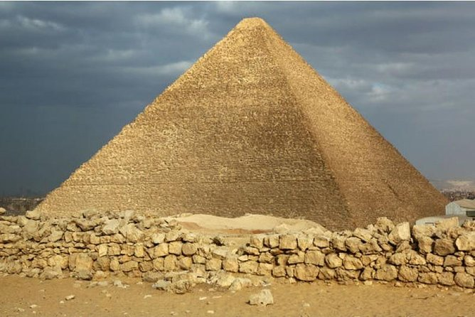 Excursion of the pyramids and the sphinx(egypt-private tour)