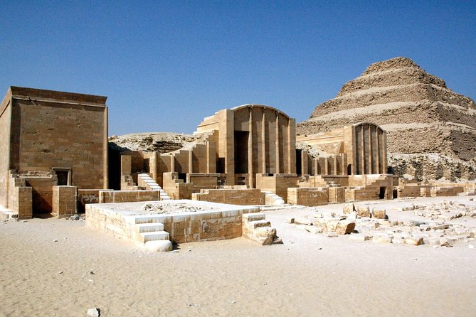 8-Hours Private Tour to Giza Pyramids, Sphinx, Sakkara Pyramids and Memphis