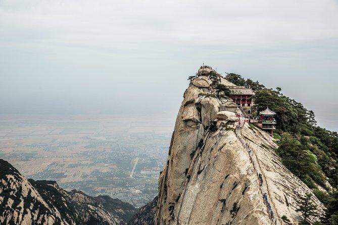 All Inclusive Xian Adventurous Day Trip of Huashan Mountain