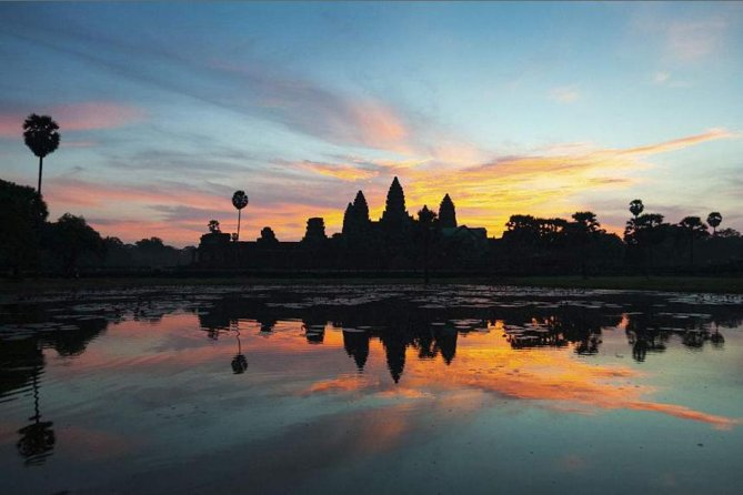 Private tour: Sunrise over Angkor Wat Temple in Siem Reap