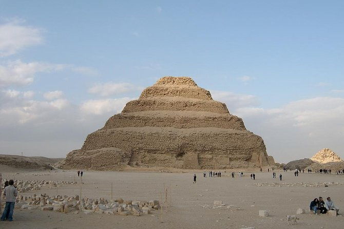 Private Full Day Trip from Cairo to Giza Pyramids - Memphis and Sakkara