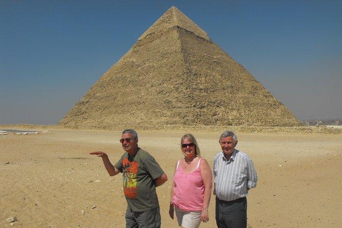 Giza pyramids, Sphinx, Citadel, Alabaster Mosque and Khan El-Khalili Trip