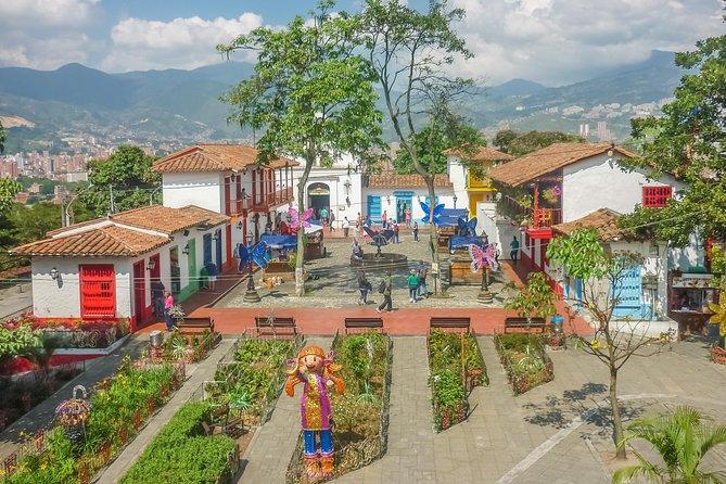 Private Half Day Medellín City Tour with Comuna 13