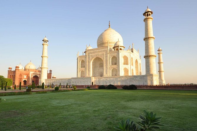 Sunrise Taj Mahal Tour By Car photo 3
